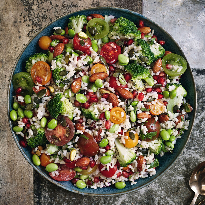 Jewelled superfood salad with a cocoa ginger dressing, , hi-res