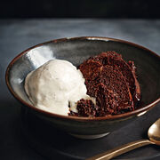 Bread and chocolate pudding, , hi-res