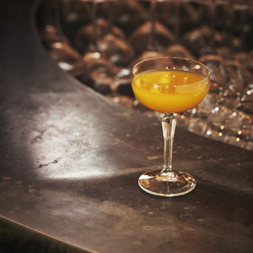 Mango Bellini Cocktail Recipe, , hi-res