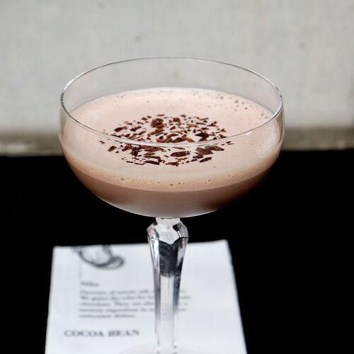 Chocolat Martini Recipe, , hi-res