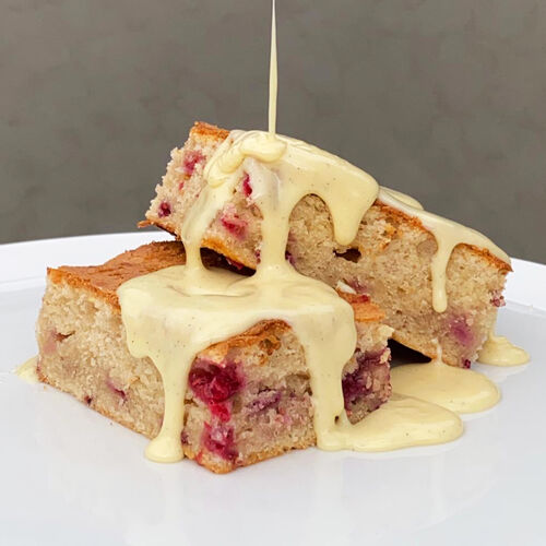 Vanilla White and Raspberry Traybake Recipe, , hi-res